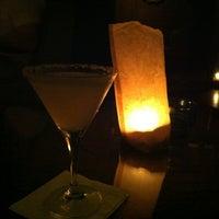 Foto scattata a CINCO Lounge da Marisa B. il 7/19/2013