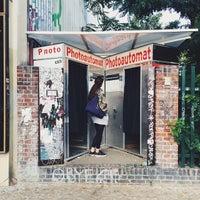 Foto tirada no(a) Photoautomat | Photo Booth por Kay em 8/19/2014