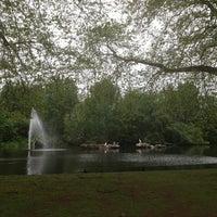 5/20/2013에 Miriam T.님이 St James's Park에서 찍은 사진
