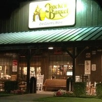 9/17/2013にBill C.がCracker Barrel Old Country Storeで撮った写真