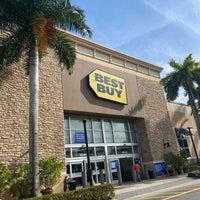 Best Buy Electronics Store In Wellington