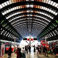 Foto scattata a Stazione Milano Centrale da ⒿeÄn ✿ il 8/10/2013
