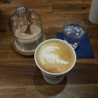 Foto tomada en Coffee Time Artisan Roasters por Helen H. el 1/10/2018