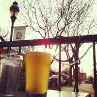 3/3/2013 tarihinde Matt D.ziyaretçi tarafından Mead St. Station'de çekilen fotoğraf