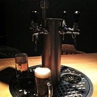 Photo prise au The Pub Berlin par Patty R. le10/31/2012