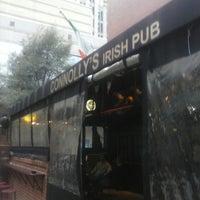 Das Foto wurde bei Connolly's On Fifth von Jose H. am 3/1/2013 aufgenommen
