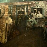 Das Foto wurde bei Hurley's Irish Pub von Chris G. am 10/20/2012 aufgenommen