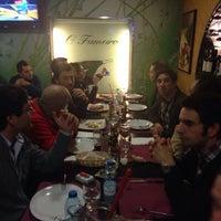Foto tirada no(a) Restaurante O Fumeiro por Nuno L. em 2/1/2014