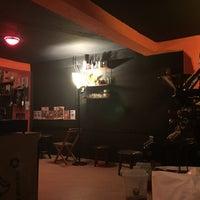 12/15/2015 tarihinde Kadriye E.ziyaretçi tarafından Black Cat Coffee'de çekilen fotoğraf