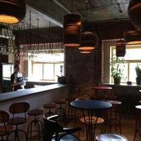 Foto diambil di Ruby Wine Bar oleh Костя К. pada 6/7/2014