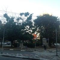 Das Foto wurde bei Praça Dom Gastão Liberal Pinto von Jose Luiz G. am 8/1/2013 aufgenommen