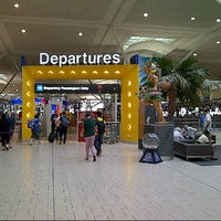 Снимок сделан в Brisbane Airport International Terminal пользователем Haris S. 9/29/2012