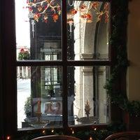 Снимок сделан в Emmet's Irish Pub пользователем Toni S. 12/22/2012