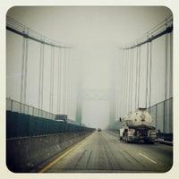 รูปภาพถ่ายที่ Vincent Thomas Bridge โดย Angela D. เมื่อ 3/14/2013