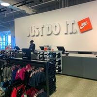 nonna teoria Diagnosticare  Nike Factory Store - 549 S Chillicothe Rd #321