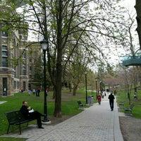 Foto tomada en Universidad de Toronto por Milena G. el 5/2/2016