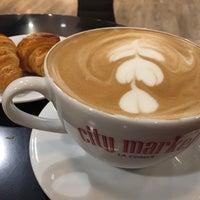 Das Foto wurde bei Market Café von Janj O. am 2/26/2017 aufgenommen