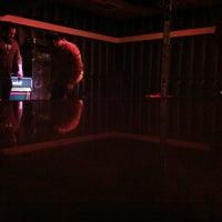 Photo prise au Soda Bar par Chris R. le10/15/2012