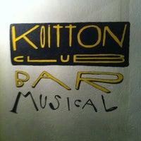 Das Foto wurde bei Koitton Club von Sara Suñé am 3/8/2013 aufgenommen