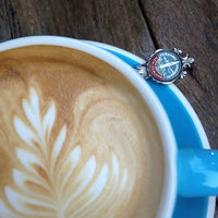 Снимок сделан в Cabrito Coffee Traders пользователем eClaire S. 3/21/2013