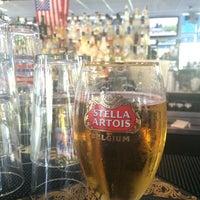 Photo prise au Riverwalk Bar & Grill par NUNES R. le5/12/2014