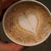 รูปภาพถ่ายที่ OR Coffee Bar โดย Benjamin D. เมื่อ 5/21/2012