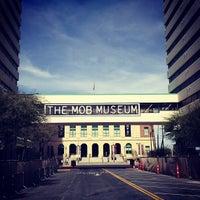 Снимок сделан в The Mob Museum пользователем Petra W. 3/25/2013