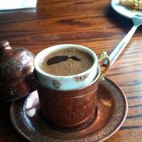 รูปภาพถ่ายที่ Makara Charcoal Grill & Meze โดย Betül Y. เมื่อ 8/17/2015