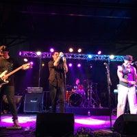 Foto scattata a OB Oktoberfest da Rich J. il 10/12/2014