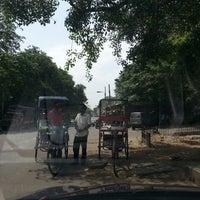 รูปภาพถ่ายที่ Khanna Market โดย Marietta U. เมื่อ 5/12/2013