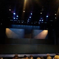 Foto tomada en Atlantic Theater Company (Linda Gross Theater)  por Lora A. el 10/13/2012