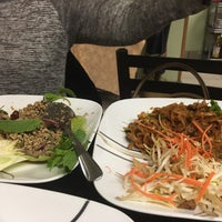 Foto diambil di Sri Siam Cafe oleh David H. pada 5/1/2016