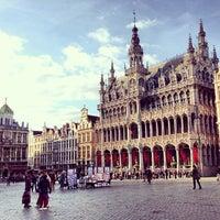 6/3/2013 tarihinde Edward E.ziyaretçi tarafından Grand Place / Grote Markt'de çekilen fotoğraf