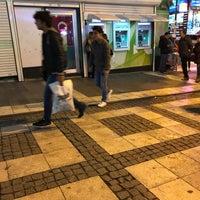 Photo prise au Garanti Bankası par Deniz A. le12/27/2017