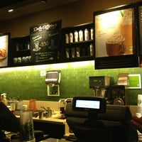 Foto tomada en Starbucks por Azucena U. el 3/11/2013