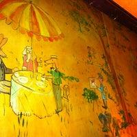 Das Foto wurde bei Bemelmans Bar von Christina am 9/21/2012 aufgenommen