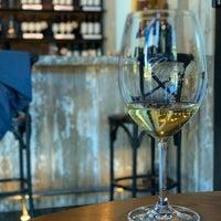 Foto tirada no(a) Girard Winery Tasting Room por Jason H. em 7/23/2019