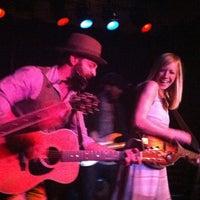 Photo prise au Proud Larry's par Susan R. le2/16/2013