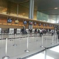 Foto diambil di Aeropuerto Internacional El Dorado (BOG) oleh Ernesto A. pada 5/17/2013