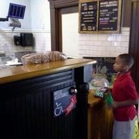 9/26/2012에 Cedric E.님이 Potbelly Sandwich Shop에서 찍은 사진
