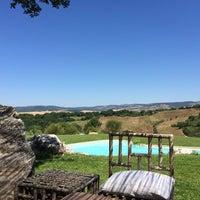 รูปภาพถ่ายที่ Agriturismo Fontenuova Saturnia โดย Rahá P. เมื่อ 7/6/2014