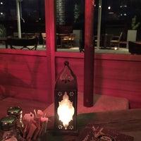Foto scattata a Mancero Kitchen & Bar da Tucita il 3/7/2016