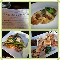 Foto tomada en The Jacobson por Chi C. el 7/10/2013