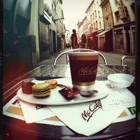 Photo prise au McDonald's par Nadya G. le5/6/2013