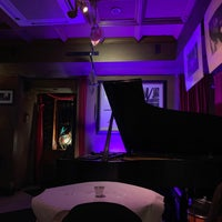 Photo taken at Carli's Fine Bistro and Piano by Daurys N. on 4/30/2019