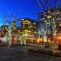 รูปภาพถ่ายที่ CityCenter DC โดย Matt G. เมื่อ 12/19/2013