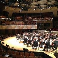 Снимок сделан в Boettcher Concert Hall пользователем Kelley B. 5/25/2013