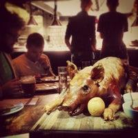 Das Foto wurde bei The Breslin Bar & Dining Room von Noah W. am 9/28/2013 aufgenommen