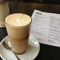 Das Foto wurde bei Café Oliv von Monal am 3/17/2013 aufgenommen