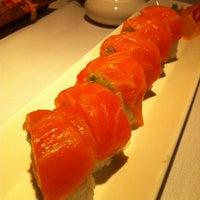 11/22/2012にCatherine M.がNaan Sushiで撮った写真